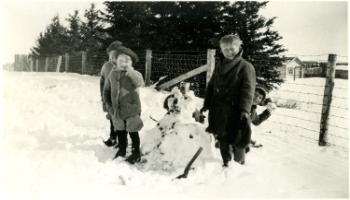 Red Deer Archives, P2796; Building a snowman, 19--